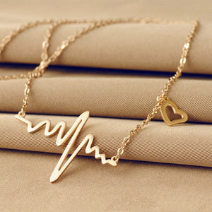 Vintage Heart Necklace With Chic ECG Heartbeat (Gold or Silver)