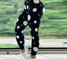 Load image into Gallery viewer, Assorted Print Quality Leggings
