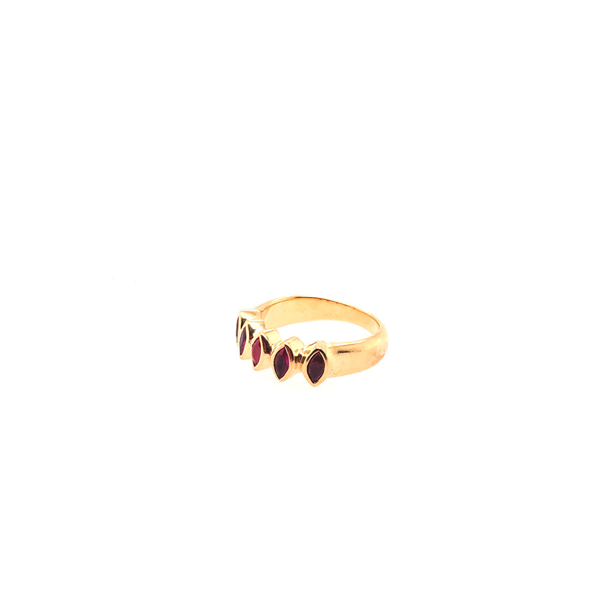 Rouge ring - Anna Design Jewellery