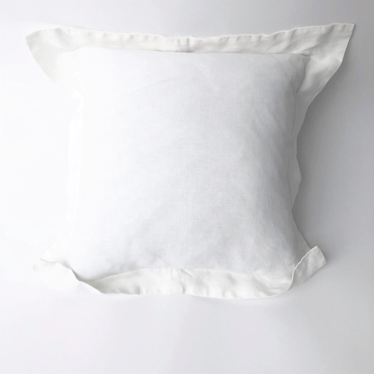 "20"" Linen Pillow with Flanged Edge"