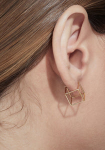 3D Square 18K Yellow Gold Earring, Medium