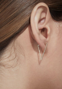 Triangle Form 20, 18K Yellow Gold Earring