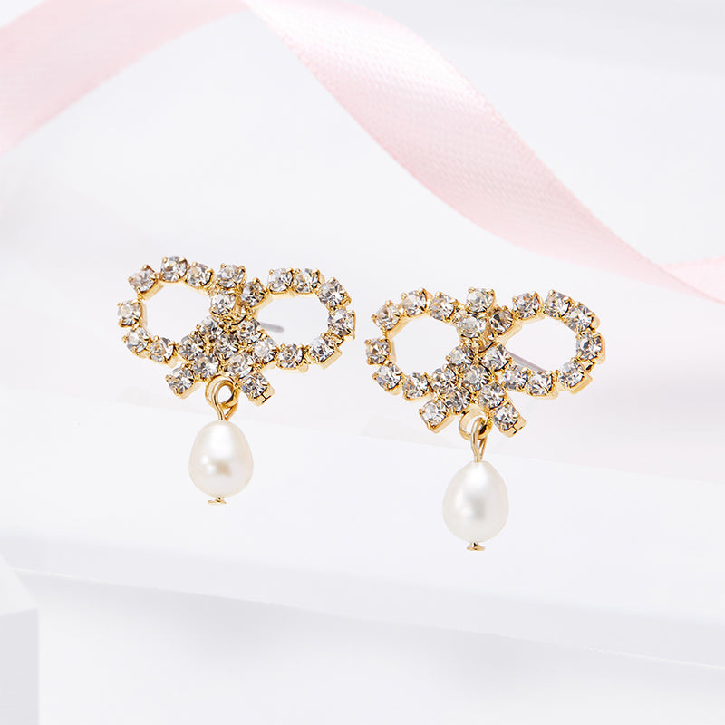 Roman Bow Pearl Earrings