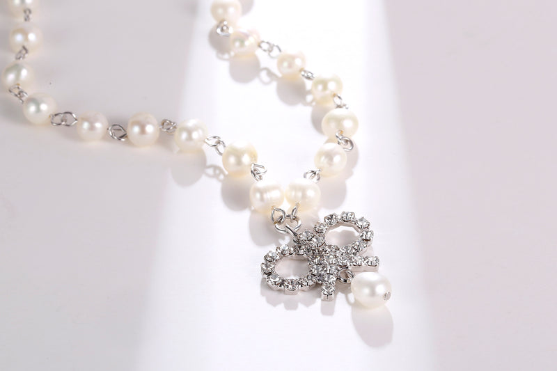 Roman Bow Pearl Necklace