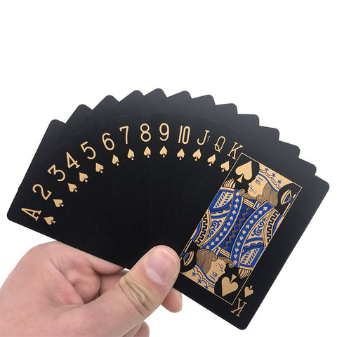 Deck de carte or sur fond noir