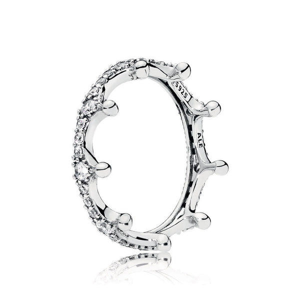 PANDORA : Enchanted Crown Ring in Sterling Silver