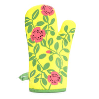 "Blue Q : Oven Mitt - ""Hot, Hot Vegetarian Action"""
