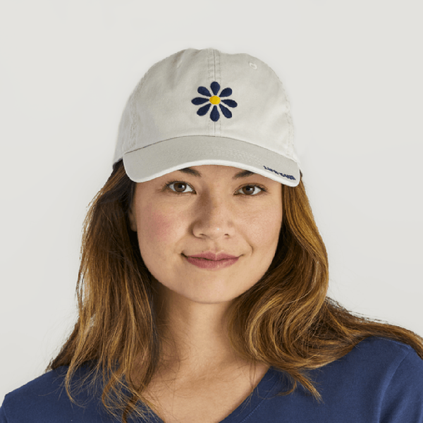 Life Is Good : Daisy Chill Cap in Bone White