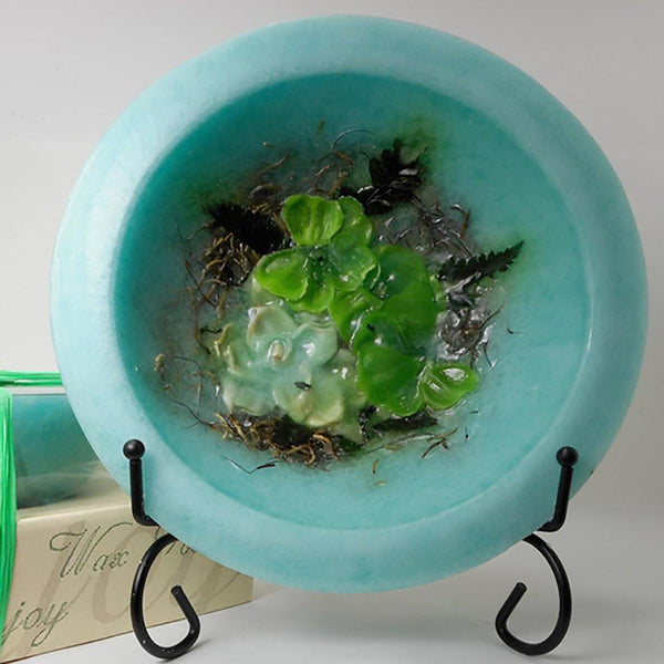 Wax Pottery Vessel in Gardenia Water Lilly