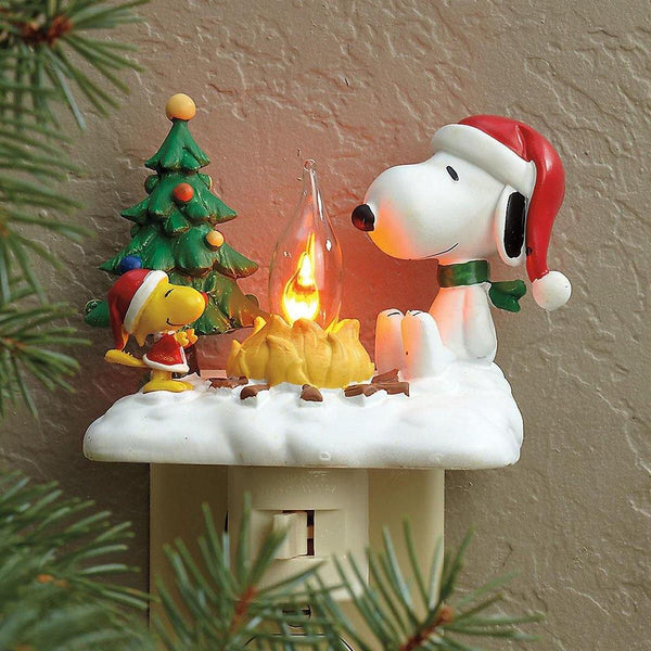 """Peanuts"" Snoopy By The Campfire Night Light"