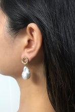 Load image into Gallery viewer, Flori - 18K Gold Plated Baroque Pearl Earrings
