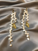 Load image into Gallery viewer, Aestas - 18K Gold Plated Baroque Pearl Earrings