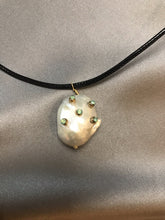 Load image into Gallery viewer, Oriri - Big Baroque Pearl Pendant
