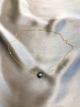 Load image into Gallery viewer, Sillia - Tahiti Salt Water Pearl Necklace with 18K Solid Gold Chain