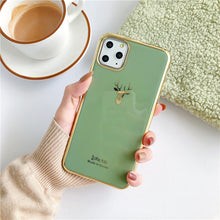 Załaduj obraz do przeglądarki galerii, Etui na Iphone Electroplated elk head is suitable for iphone11pro max/8plus apple x phone case XS Max/XR/7p - Magic Pockets