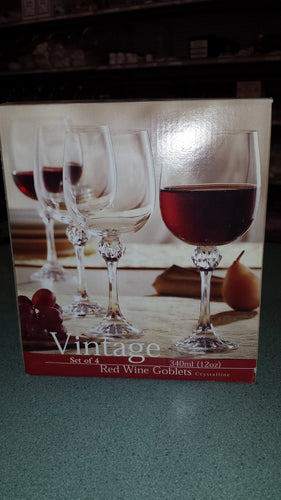 Red Wine Glasses - Vintage Collection - set of 4
