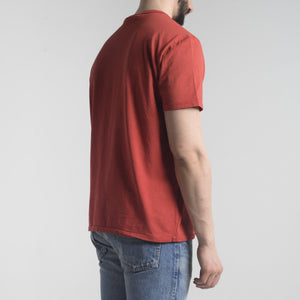T-shirt con Stampa Rossa