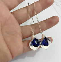 Load image into Gallery viewer, Orchid Enamel Earrings