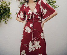 Load image into Gallery viewer, VINTAGE FLORAL CHIFFON HOHO MAXI DRESS