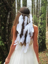 Load image into Gallery viewer, White Feather Bohemian Wedding Bride Headwear