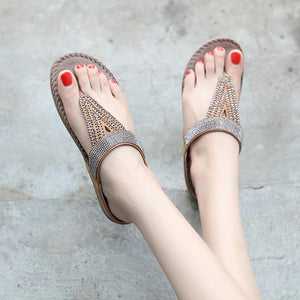 2018 New Flat Heel Summer Beach Rhinestone Sandals