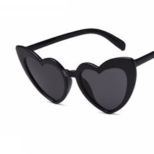 Load image into Gallery viewer, Sexy Lovely  Heart Fashion Beach Sunglasses