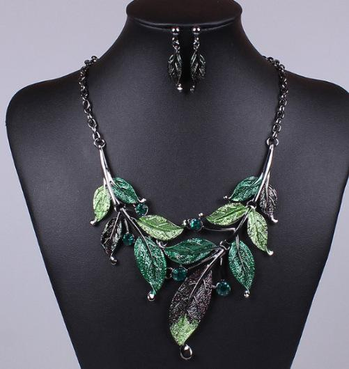 Fashion Boho Leaf Necklace And Earring Suit