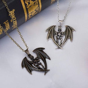 Halloween Skull Wings Glow in the Dark Pendant Necklace