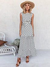 Load image into Gallery viewer, Pretty Dot Round-neck Maxi Dresses