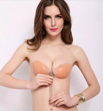 Load image into Gallery viewer, Fashion Strapless Nubra Silicone Stick On Bra Super Push Up Bra Sexy Women Daily Lingerie Deep V Women Soft Underwear