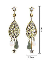 Load image into Gallery viewer, Retro Water Drop National Wind Hollow Long Earrings