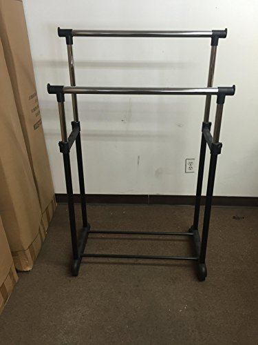 Rod Expandable Garment Rack with 4 Wheels