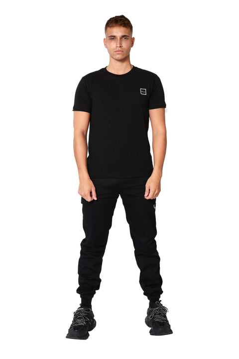 THE FITTED LOGO TEE - BLACK