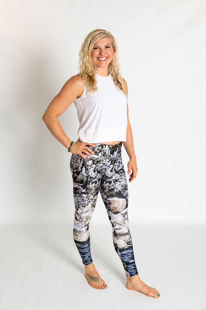 Women's leggings made in Colorado - Momentum - Snake River - 4