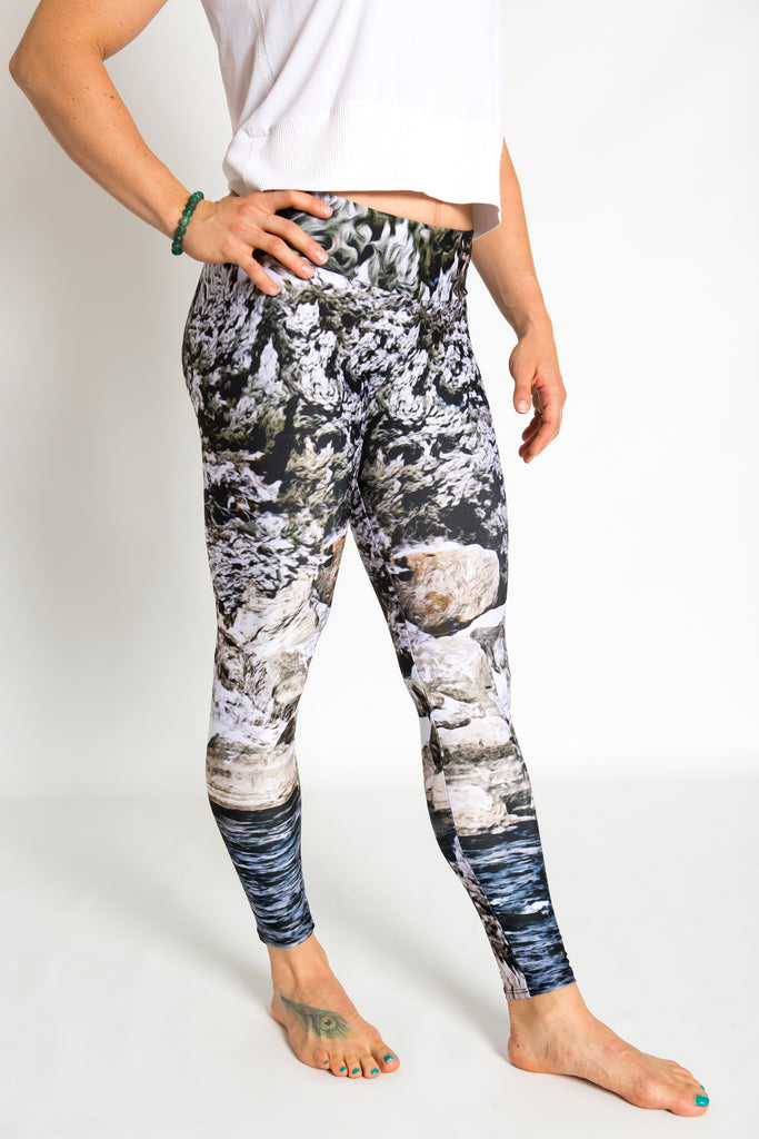 Women's leggings made in Colorado - Momentum - Snake River - 1