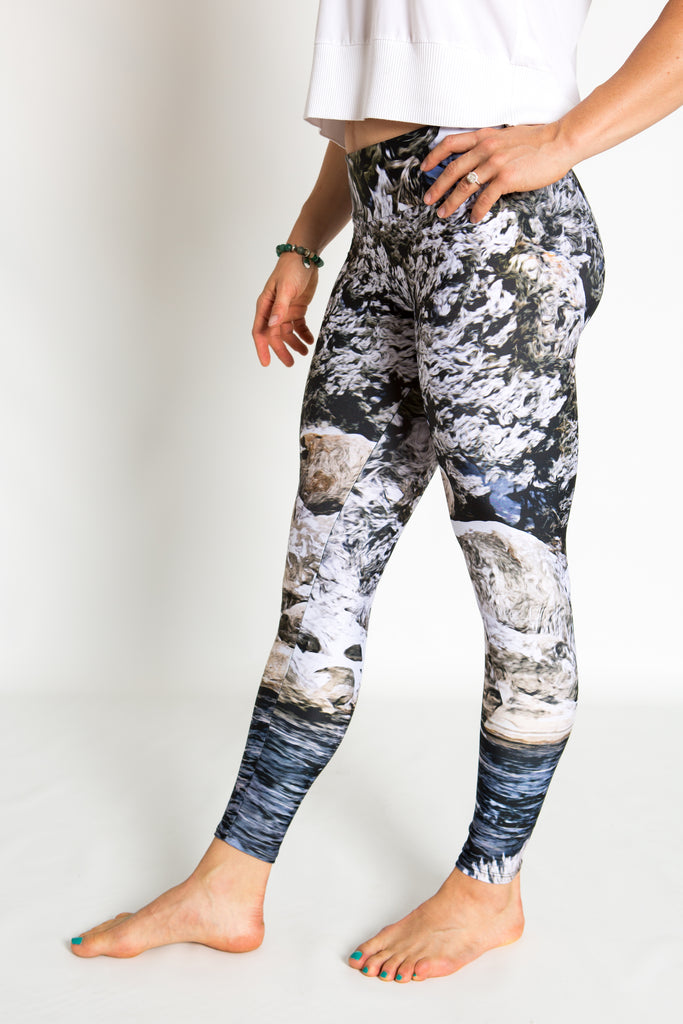 Women's leggings made in Colorado - Momentum - Snake River - 3