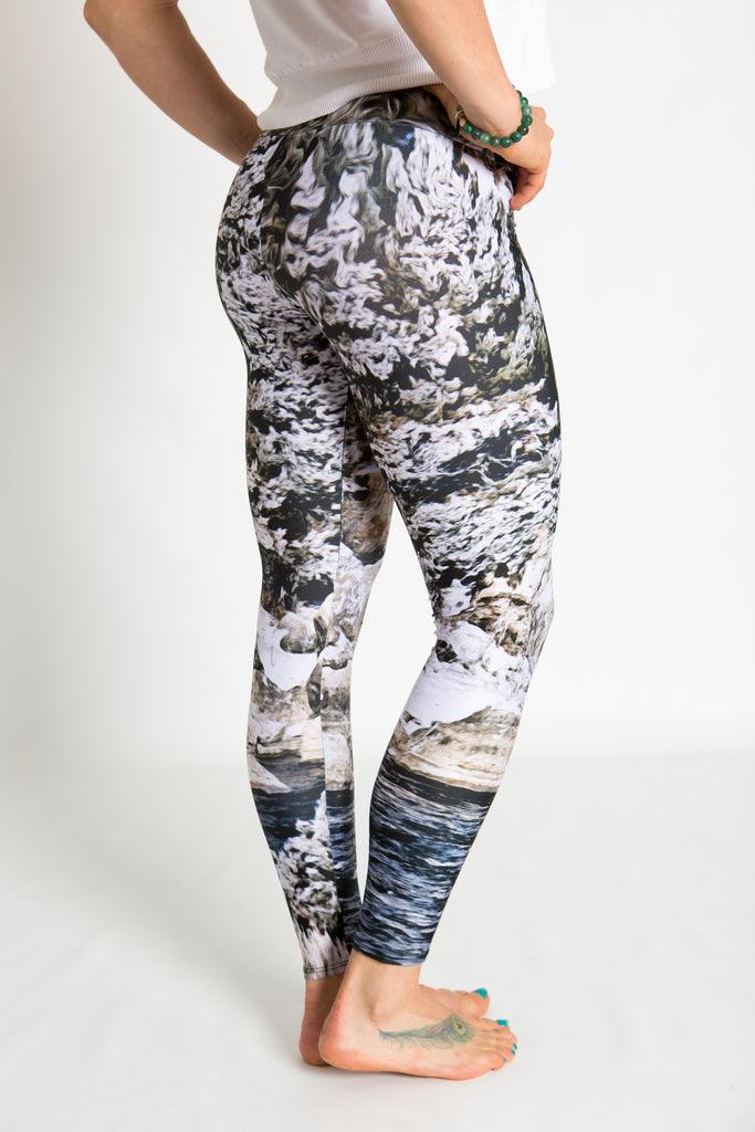 Women's leggings made in Colorado - Momentum - Snake River - 2