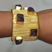 Load image into Gallery viewer, Semi precious gold bracelet