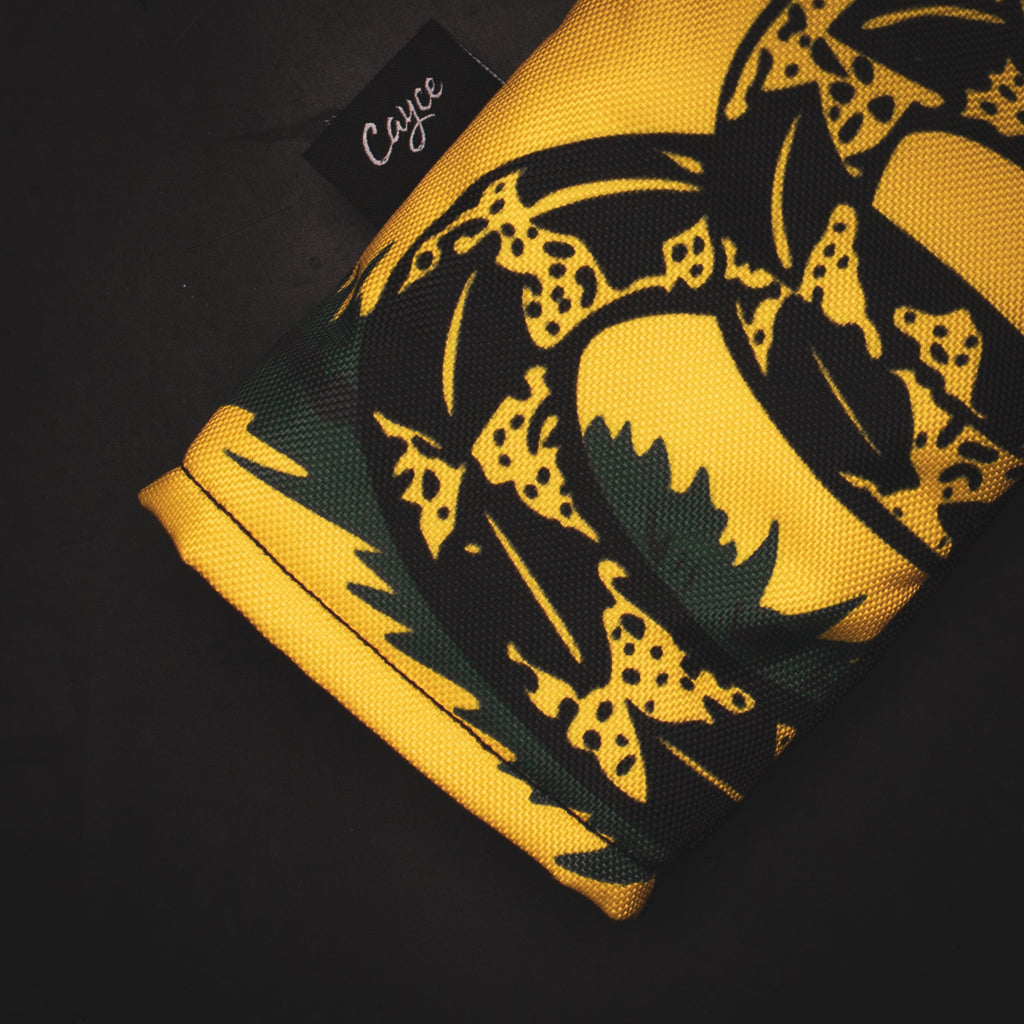 Zoomed in view of the Gadsden Flag DURA+ Hybrids headcover's 500D outer shell and print quality.