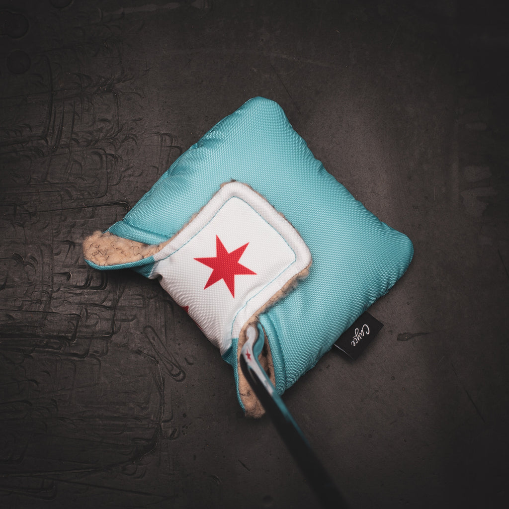 Top view of the Chicago City Flag Mallet Putter Cover
