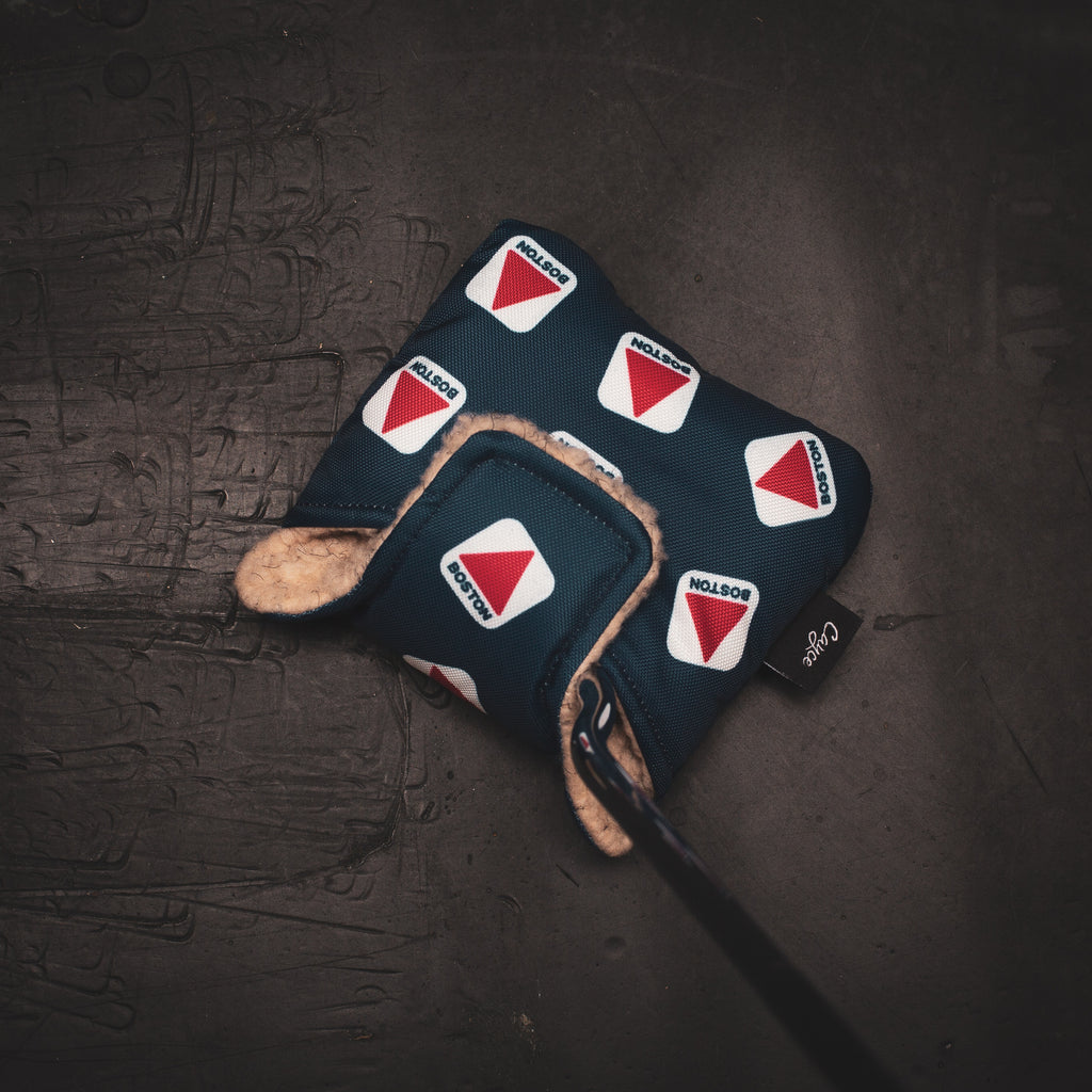 Mallet putter cover with magnetic closure