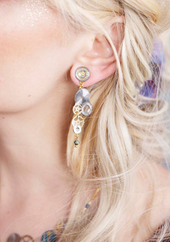 Requiem earrings with ear stud