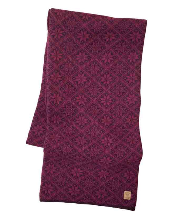 Sjaal Elsie Scarf Red Plum – Ivanhoe of Sweden