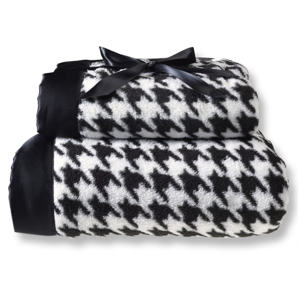 Mommy and Me Blanket - Puppytooth, Black
