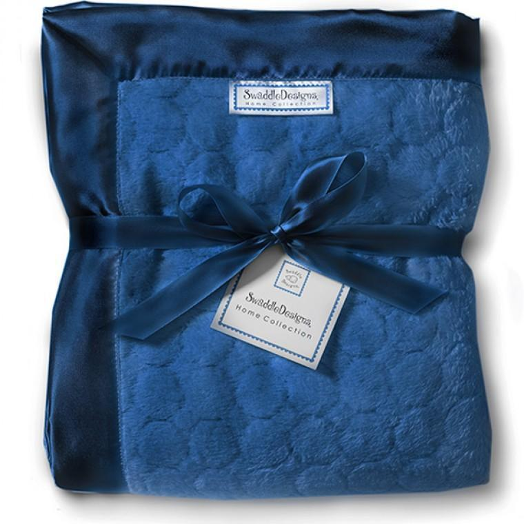 Adult Luxury Throw - Puff Circle, True Blue - Customized
