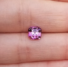 Load image into Gallery viewer, 2.06ct Pink Mahenge Garnet