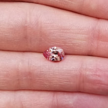 Load image into Gallery viewer, 1.60ct Peach Mahenge Garnet