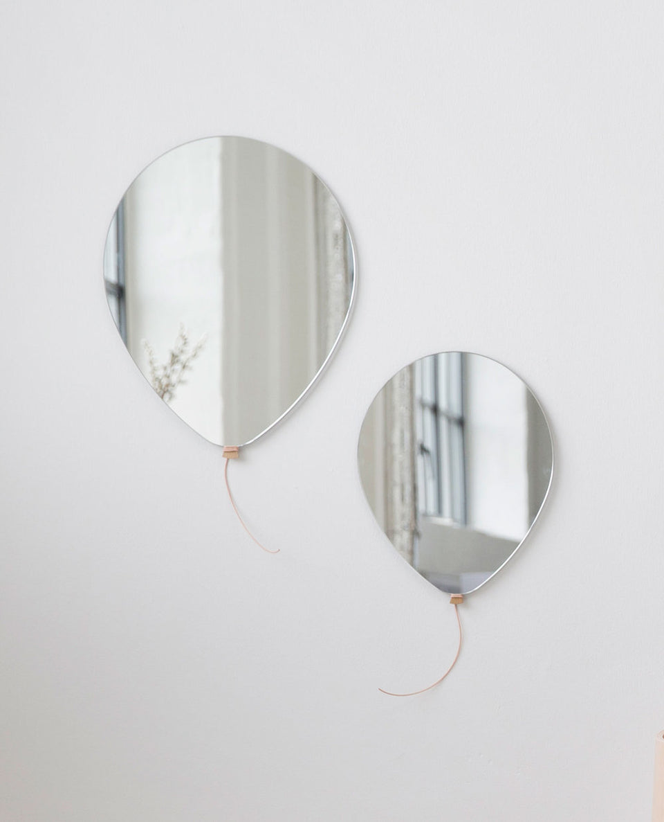 Pair of balloon mirrors
