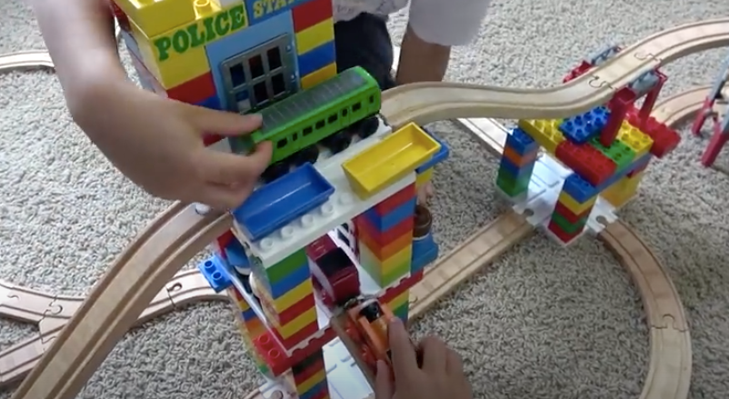Dreamup Toys Block Platform Featured in Product Review Video by Kids Toys Play