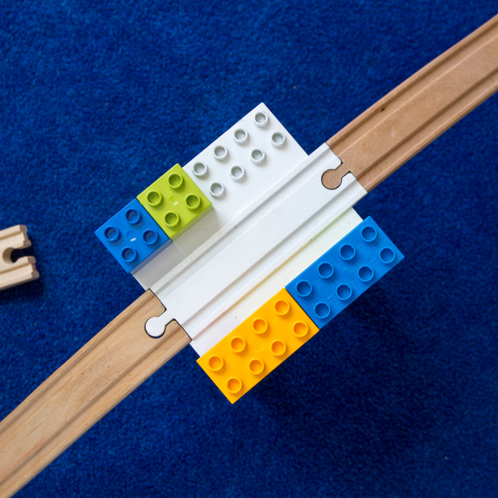 Block Platform Set 1-Pack + 2 Wooden Ascending Incline Tracks